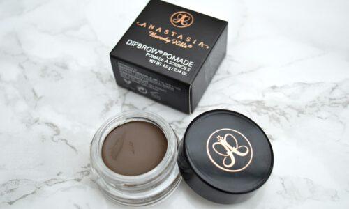 Augenbrauen-Make-up mit Dipbrow Pomade von Anastasia Beverly Hills? Das ist ganz einfach!